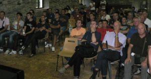 Il gruppo durante la prima riunione tecnica del raduno di Bobbio Pellice.