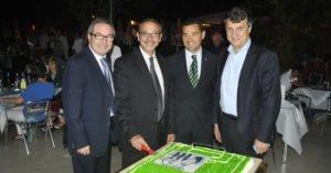 Il presidente Puddu, insieme a Luigi Stella, Alberto Zaroli e Paolo Calcagno durante il taglio torta della cena sezionale!